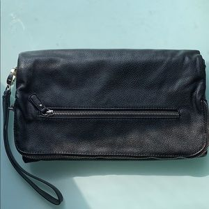 Forever21 black trifold faux leather clutch